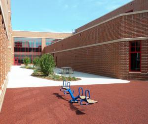 Northside Elementary School Interior Courtyard