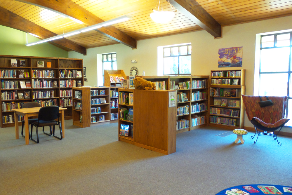 F.J. Robers Library Reading Area 3